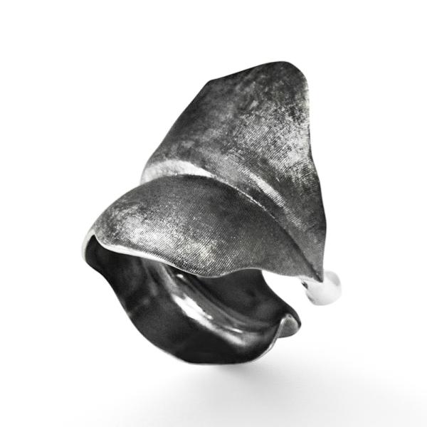 Ole Lynggaard Copenhagen - Large Leaves - Ring - platiniert Ruthenium