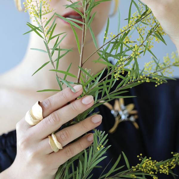 Ole Lynggaard Copenhagen - Leaves - Ring - Gelbgold